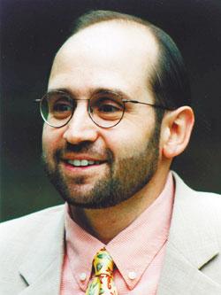Емил Наумов